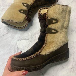 Snowland Faux Fur brown Lace Up Vintage Boots 7.5